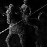 02-mattia-trotta-artist-sculptures-metal-iron-wire-tra-passato-e-futuro-holy-art