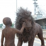 08-mattia-trotta-artist-sculptures-metal-alluminium-steel-bronze-copper-wire-born-to-be-child