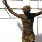92-mattia-trotta-artist-sculptures-metal-iron-wire-cristo-holy-art